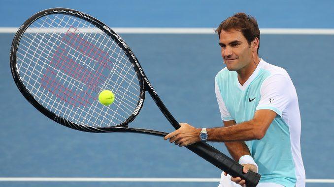 Racchetta da 29 pollici Federer-racchetta-gigante-atp-brisbane-7-678x381